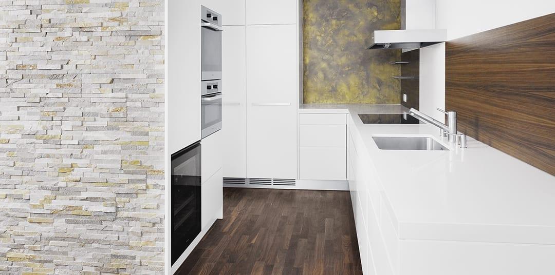 detail r s. Black Bedroom Furniture Sets. Home Design Ideas